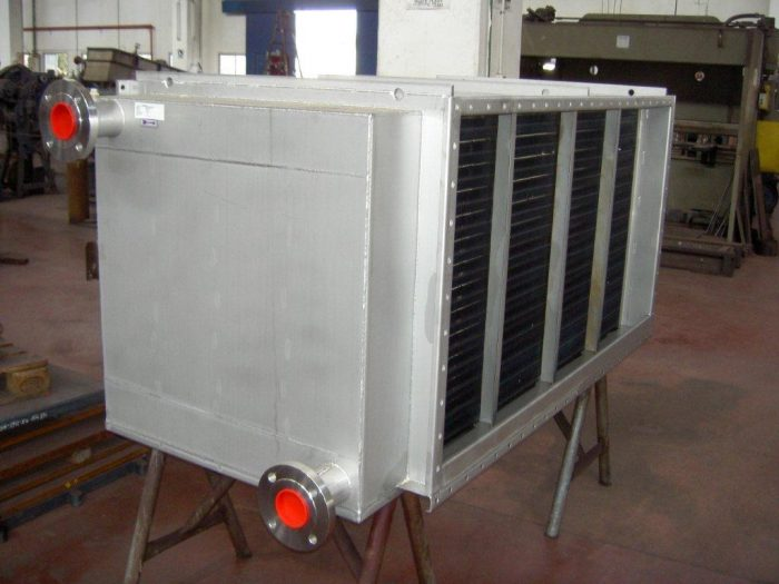 Pictured: A heat exchanger for air cooling process made entirely of stainless steel type 316, which continues to work flawlessly five years after installation, without any maintenance.
